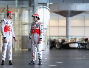 Sergio Pérez e Jenson Button lançamento McLaren (Foto: Getty Images)